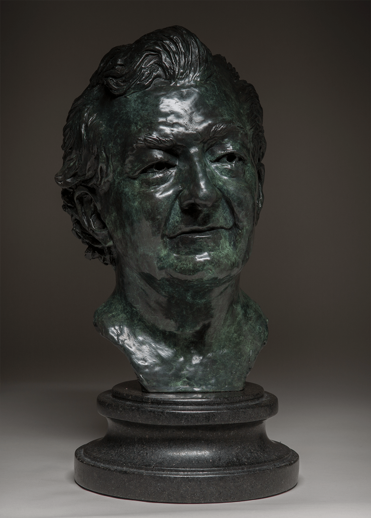 Jonathan Sherman_bronze sculpture portrait_web.png