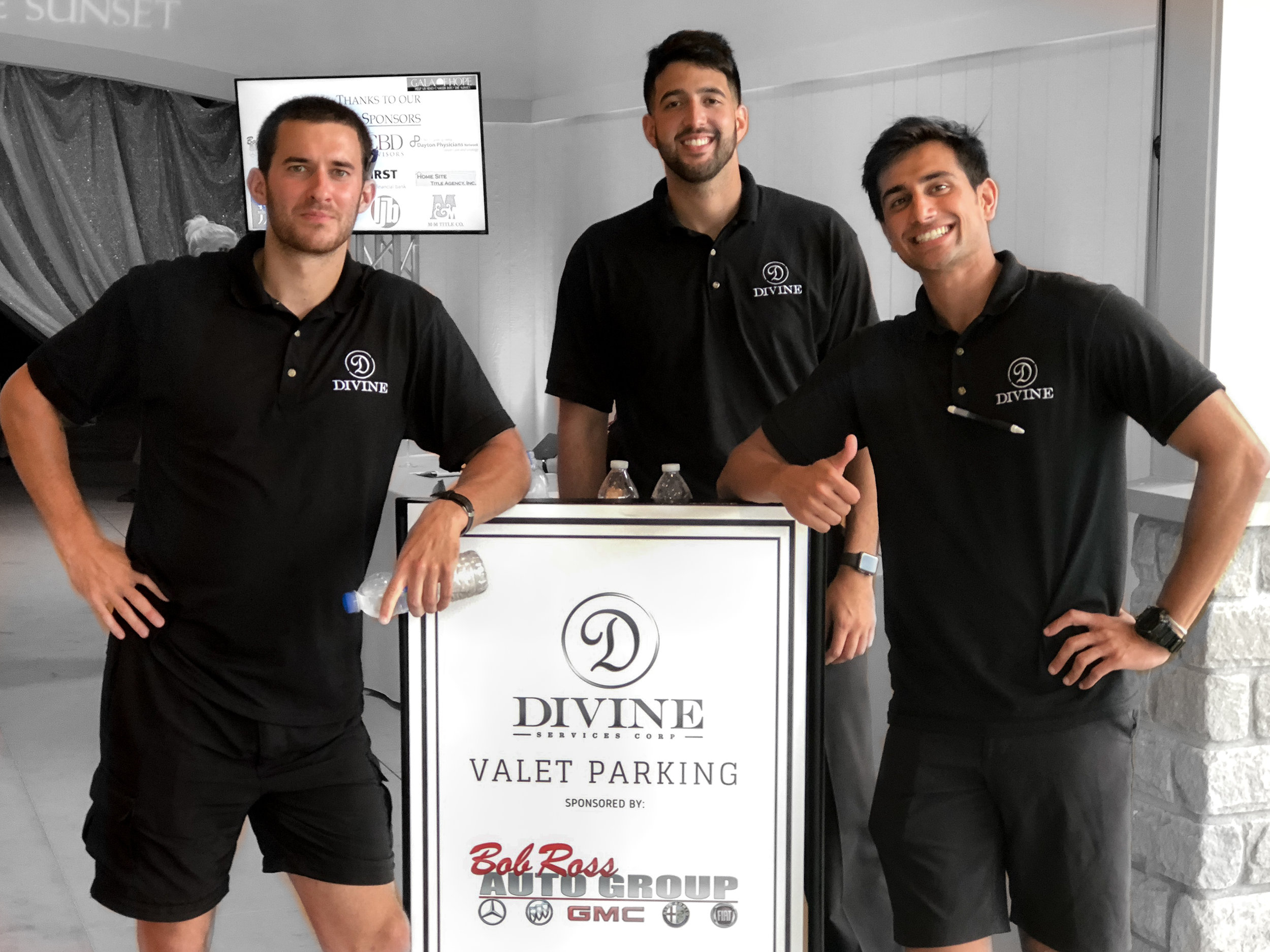 Custom parking solutions to fit your business' needs - Divine offers custom parking solutions for your business or event. We can help you give your guest the gift of stress free parking.Learn More About Our B2B Solutions ➝