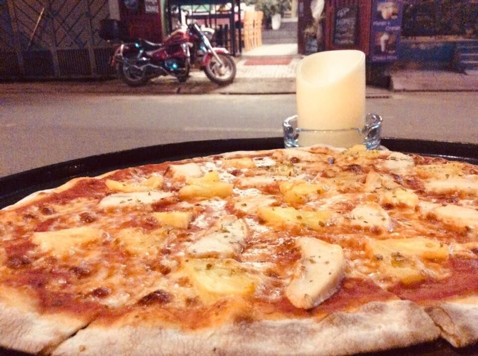 baradise pizza.jpg