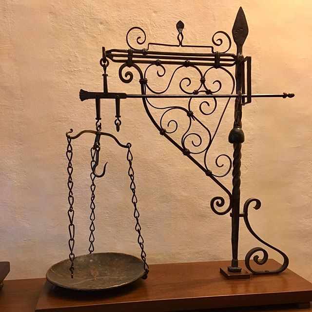 Lovely museum of weights and scales in Monterchi, Tuscany. What have we lost with things going digital? #scales #craftmanship #tuscany #monterchi
