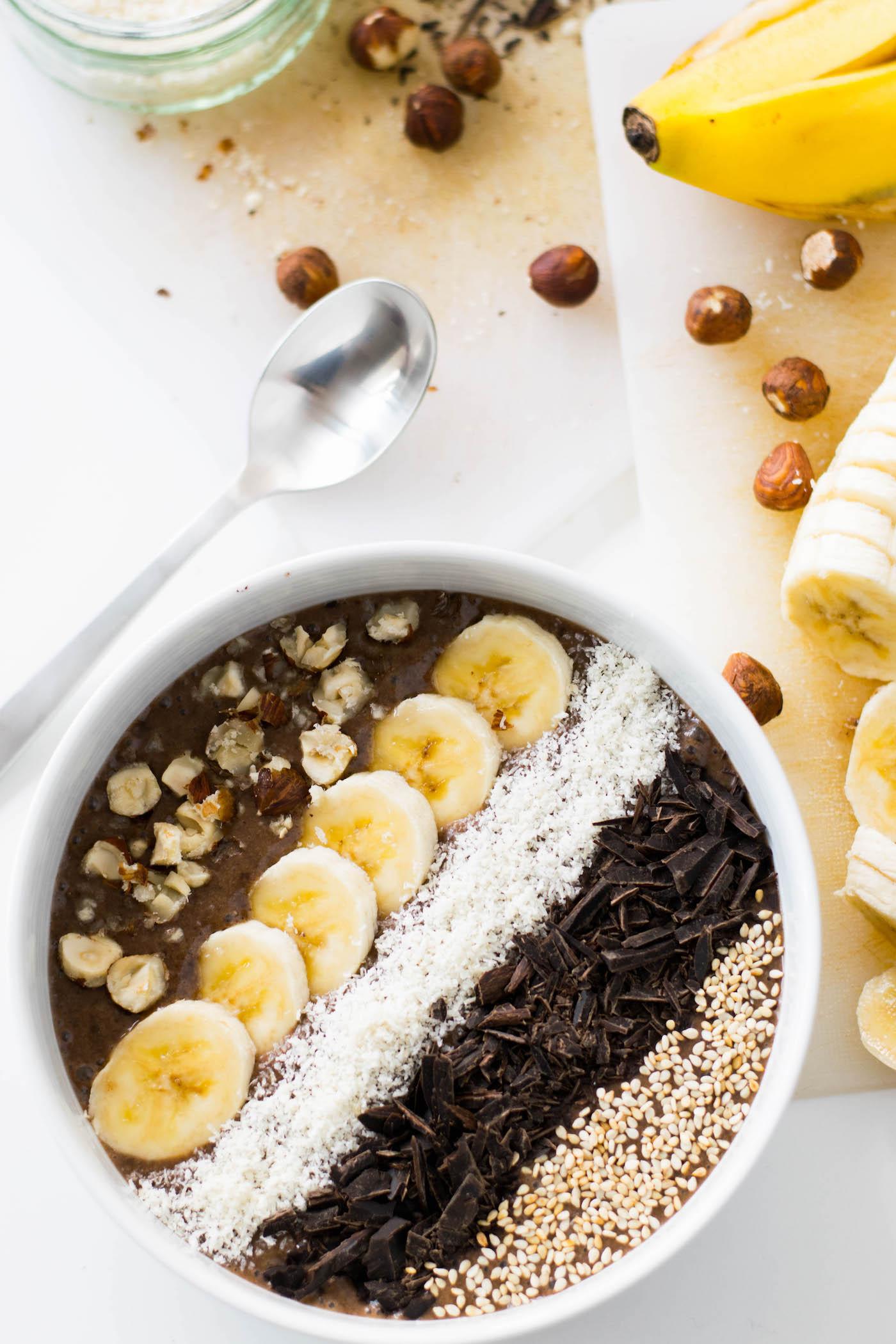 smoothie-bowl-chocolat-noisette-3.jpg