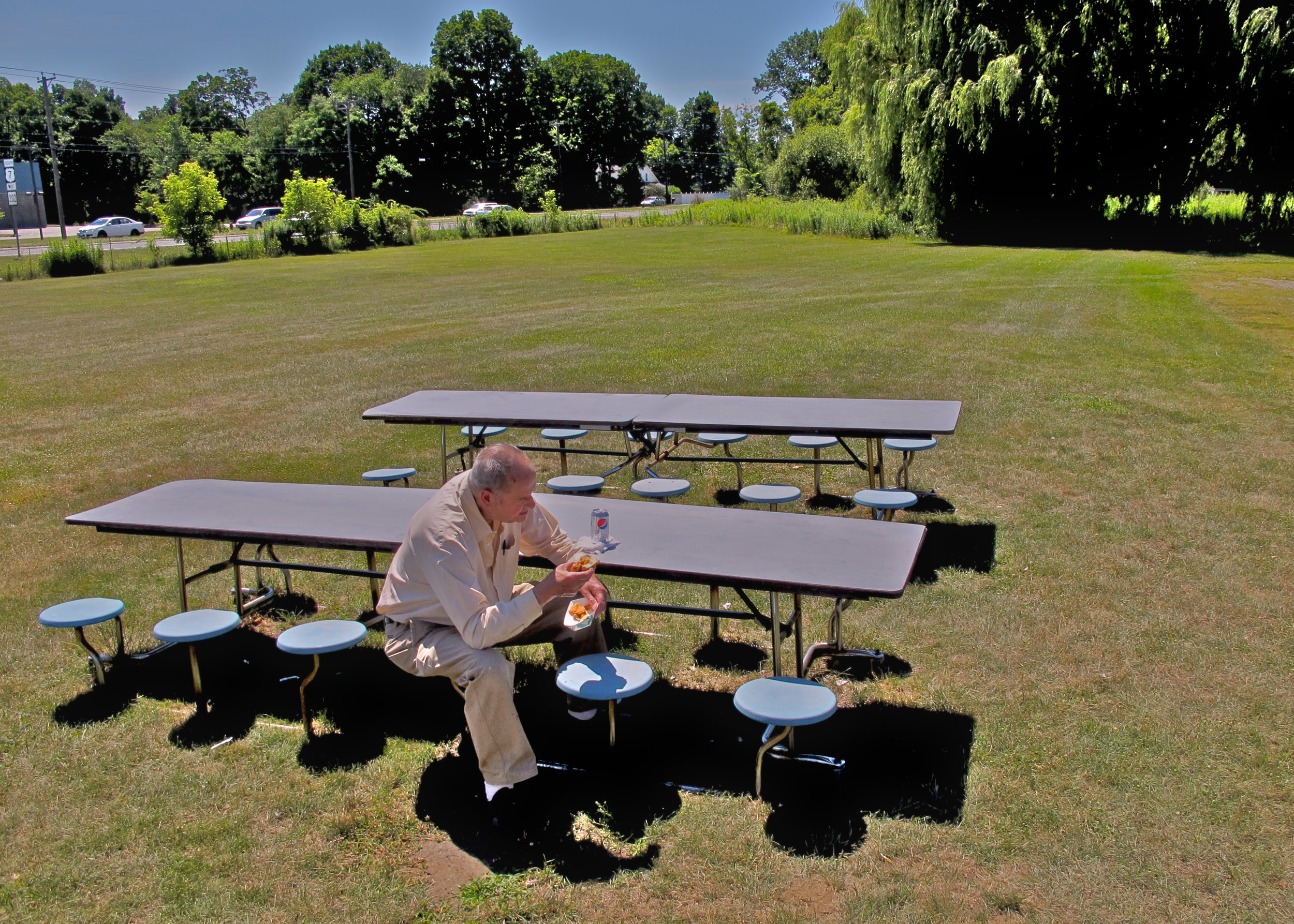 Man with Lunch-Alone��©Richard Frank (1).jpg
