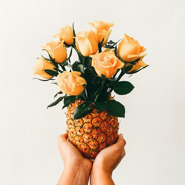 Yesterday's creation. We think it's a cutie. 🍍 🌹