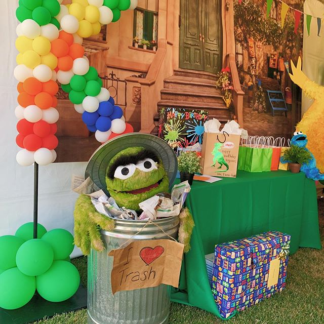 Of all the themed events we've done, this was one of our favorites. Our team did an amazing job in creating and executing the characters in our workshop. We hope Kayson enjoyed his 2nd birthday 🎂 _ Theme: Sesame Street  Design: Pro Prep Events Desserts: @michemiche1818  Balloons: @partyfiesta  _ #ProPrepEvents #EventPlanner #EventDesigner #PartyRental #BayArea #BayAreaEventPlanning #PartyRentals  #KidsParties #Wedding #Celebration #Love #Celebrate #Fiesta #Fiestas #Party #PartyPlanner #EventDesigning #SpecialtyLinen #CustomEvents #Amor #BayAreaEvents #MorganHill #SesameStreet #SesameStreetParty #SesameStreetBirthdayParty #SesameStreetBirthday #BigBird #OscarTheGrouch #DessertTable #SesameStreetDesserts