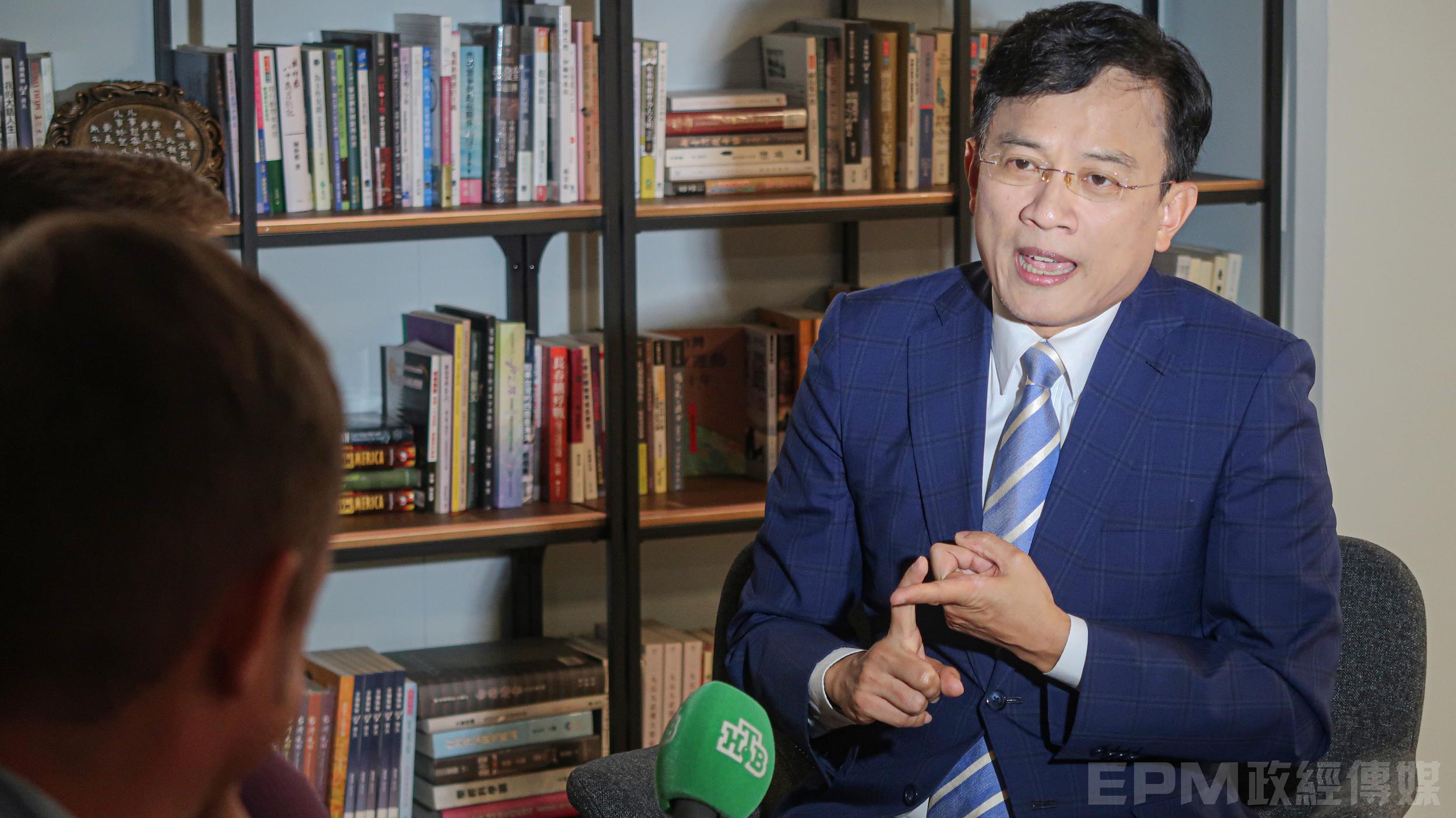 《政經關不了》主持人彭文正俄國NTV專訪。攝:公共關係室/政經傳媒