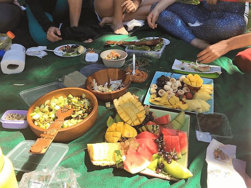 plantbased_food_sharing.png