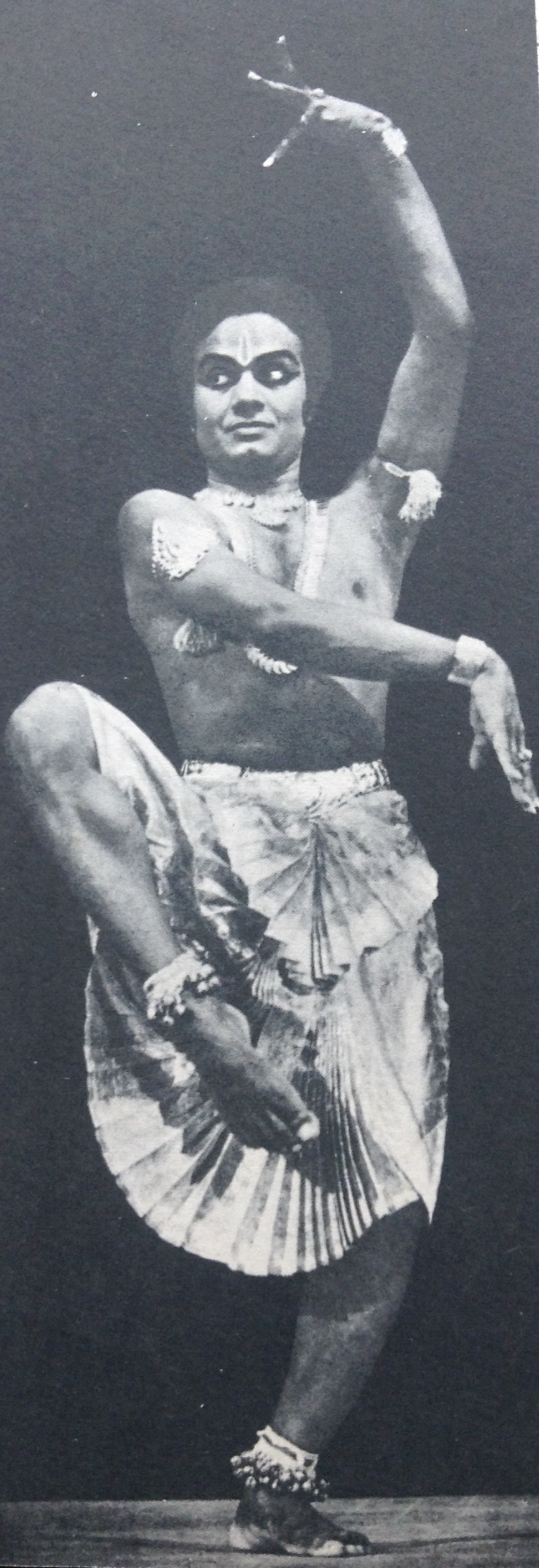 Tandava (Masculine, Majestic movements)