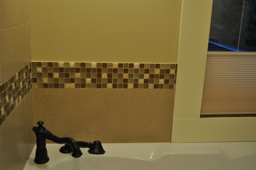 tile-back-splash-tub-1024x680.jpg