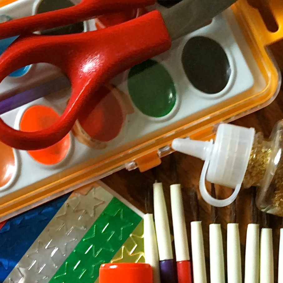 Arts & Crafts - The Arts & Crafts station focuses on allowing clients the opportunity to express their creativity while working on skills such as following directions, increasing their attention span, and improving both fine and gross motor skills.