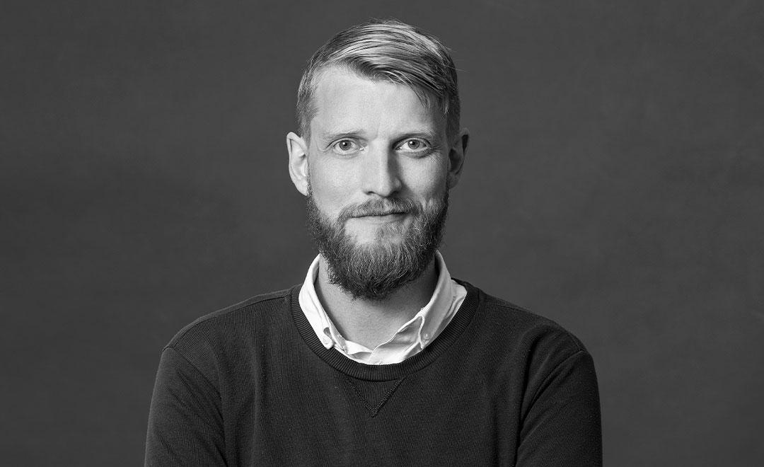 Árni Rúnar Hlöðversson  Forritari s. 616 8910  arni@daton.is