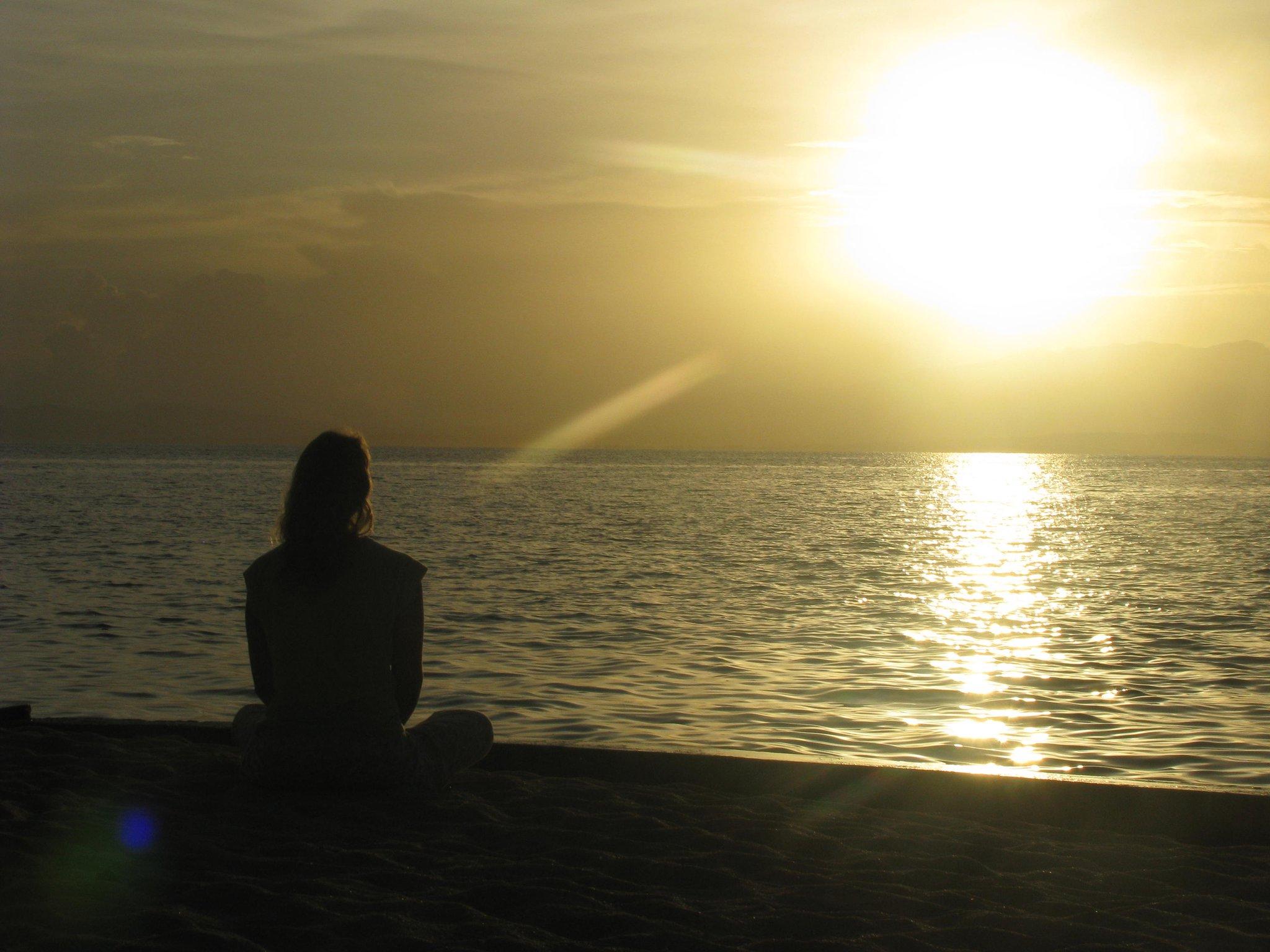 me silhouette yoga beach cutie.jpg