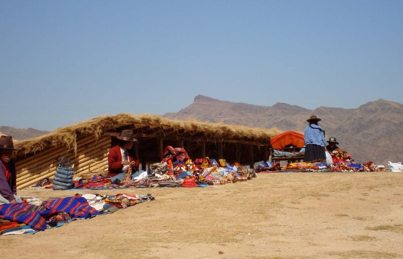 Chincheros Woven Treasures