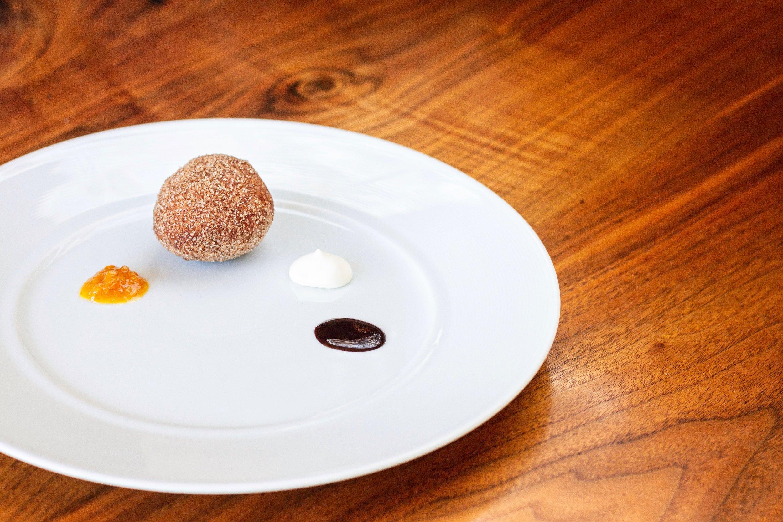 Le Comptoir - Donut 2.jpeg