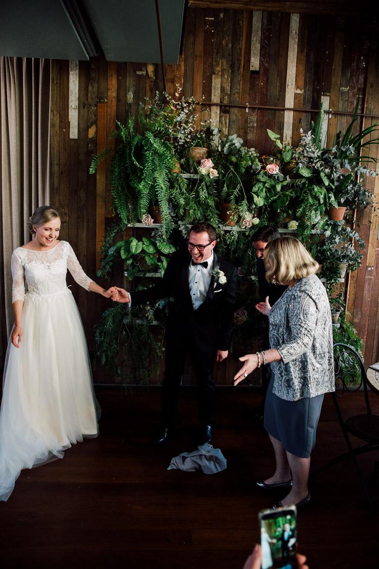 The_Grounds_Alexandria_Wedding_photographer_019.jpg