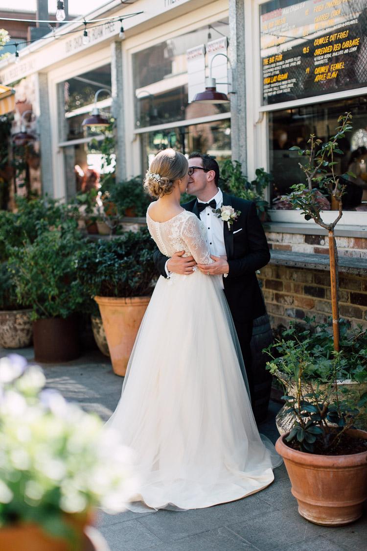 The_Grounds_Alexandria_Wedding_photographer_021.jpg