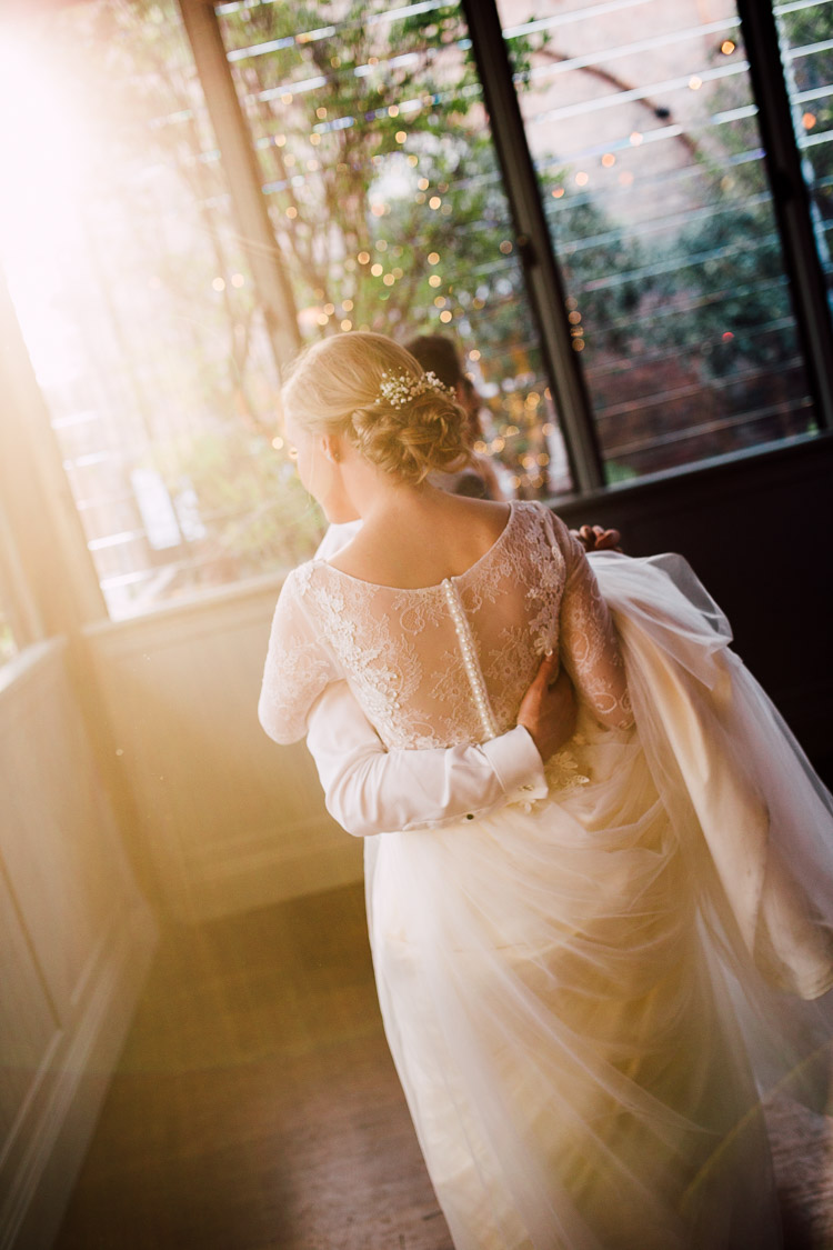 The_Grounds_Alexandria_Wedding_photographer_040.jpg