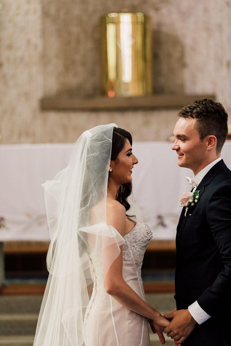 Deckhouse_woolwich_sydney_wedding_Photographer_032.jpg