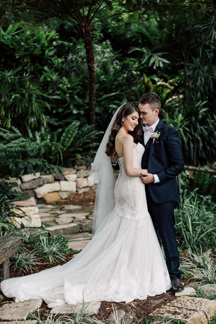 Deckhouse_woolwich_sydney_wedding_Photographer_052.jpg