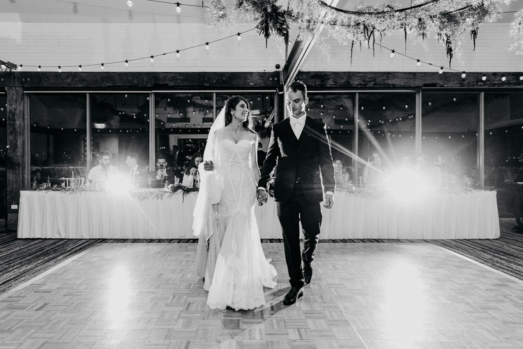 Deckhouse_woolwich_sydney_wedding_Photographer_071.jpg