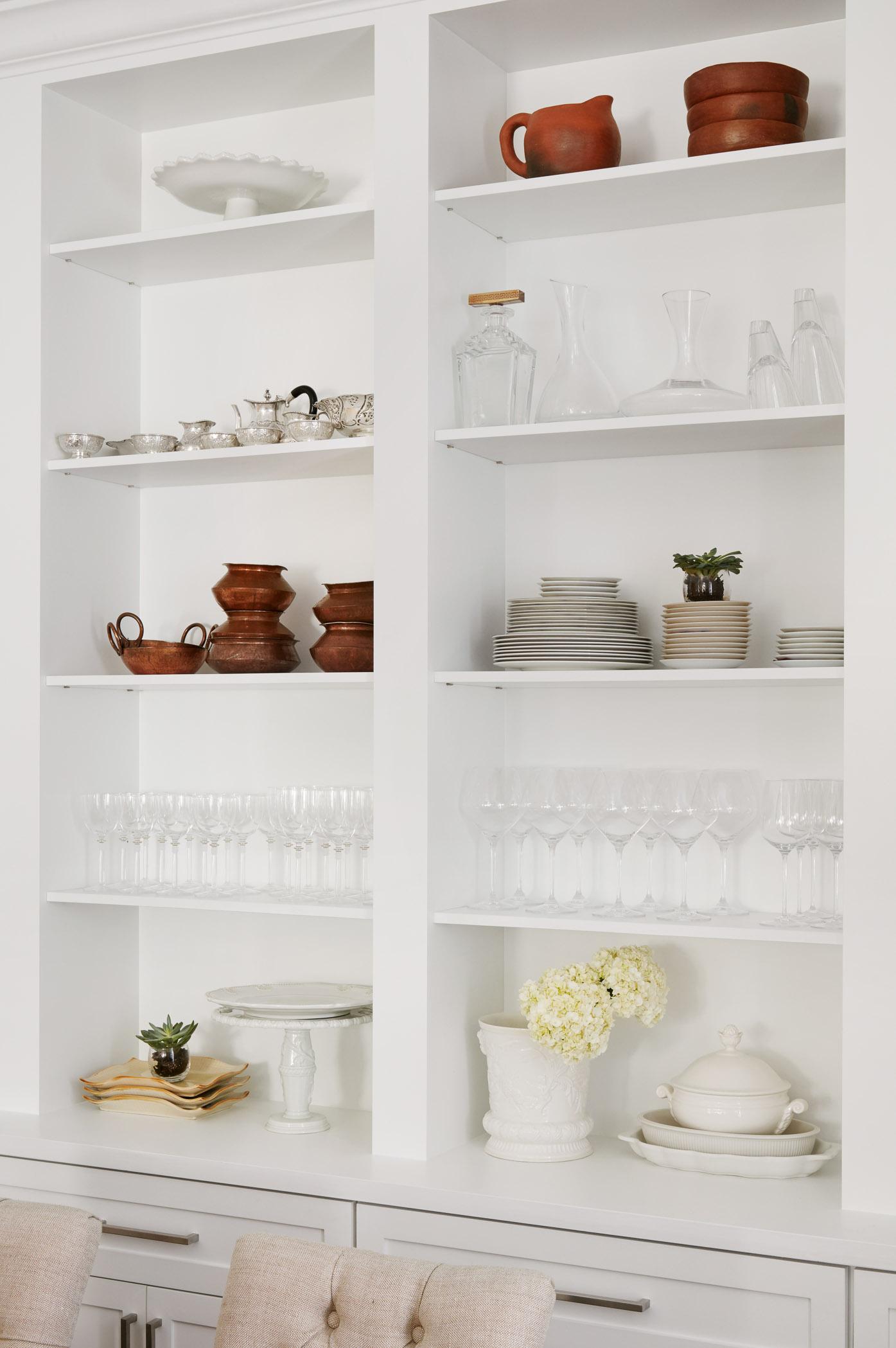 Westshore Dr Project – Kitchen Shelf Styling