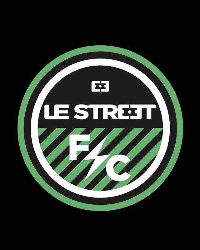 @lestreetfoot lance une école de foot innovante pour les 3/15 ans : Le Street FC! 1/ Encadrement par une équipe technique compétente. 2/ Perfectionnement technique et datas avec @klubnco 3/ Culture foot avec @sofoot . 4/ League Indoor. Portes ouvertes les 4 / 7 / 11 et 14 Septembre ! Infos au 01 39 60 90 22⚽🥅🏟 . . . . . . . . . . . . . . #lestreet #streetlife #foot5 #footindoor #5vs5 #6vs6 #beauchamp #valdoise #valdoise95 #sportvaldoise #footensalle #futbolsintetico #pitchhunters #urbanfoot #futsal #streetsoccer #pitchperfect #futbolsala #futbolfotos #footballtime #footballpitch #indoorsoccergame #stagedefoot #ecoledefoot