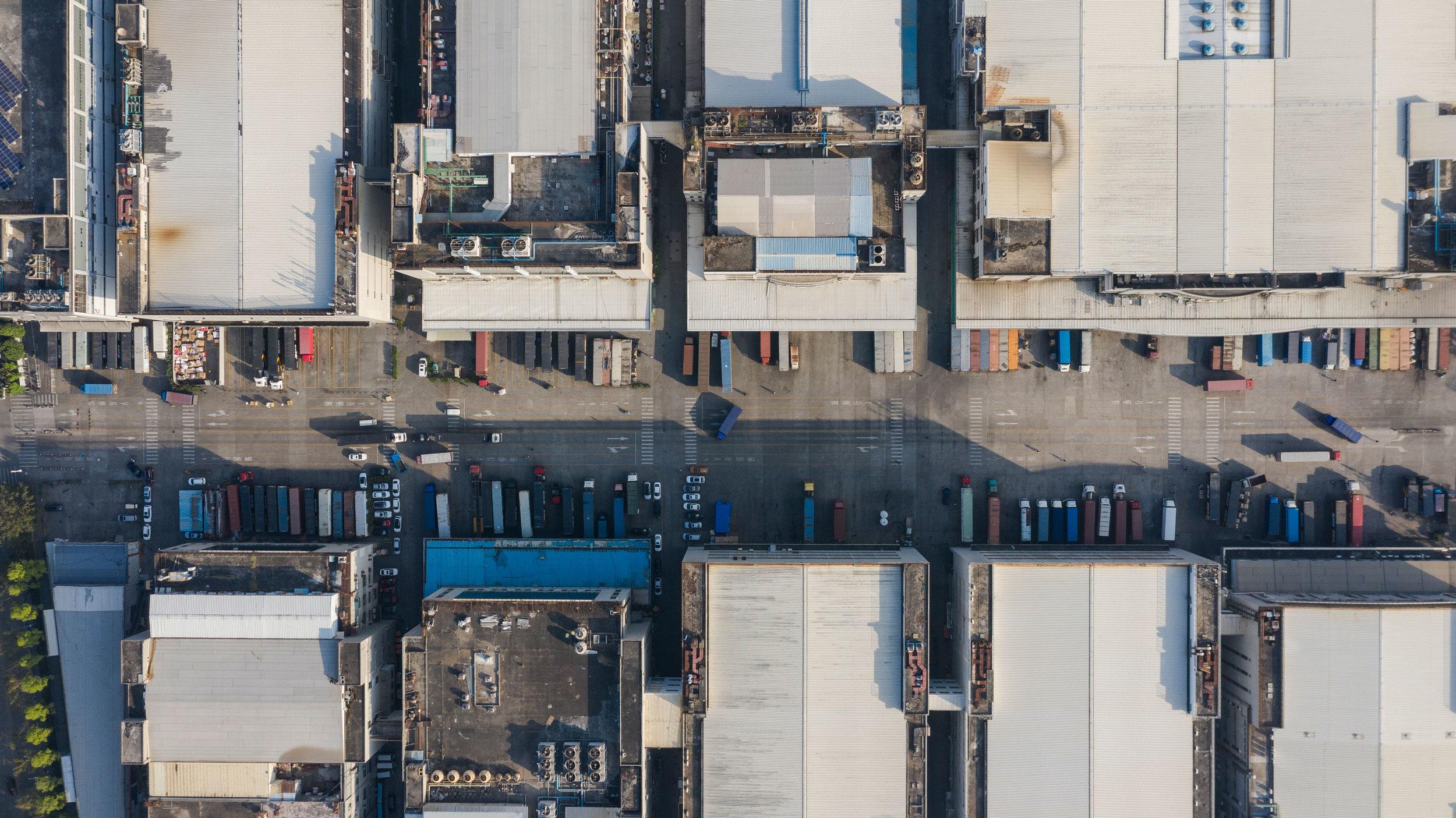 Foxconn_Longhua-Plant_Truck-Loading.jpg