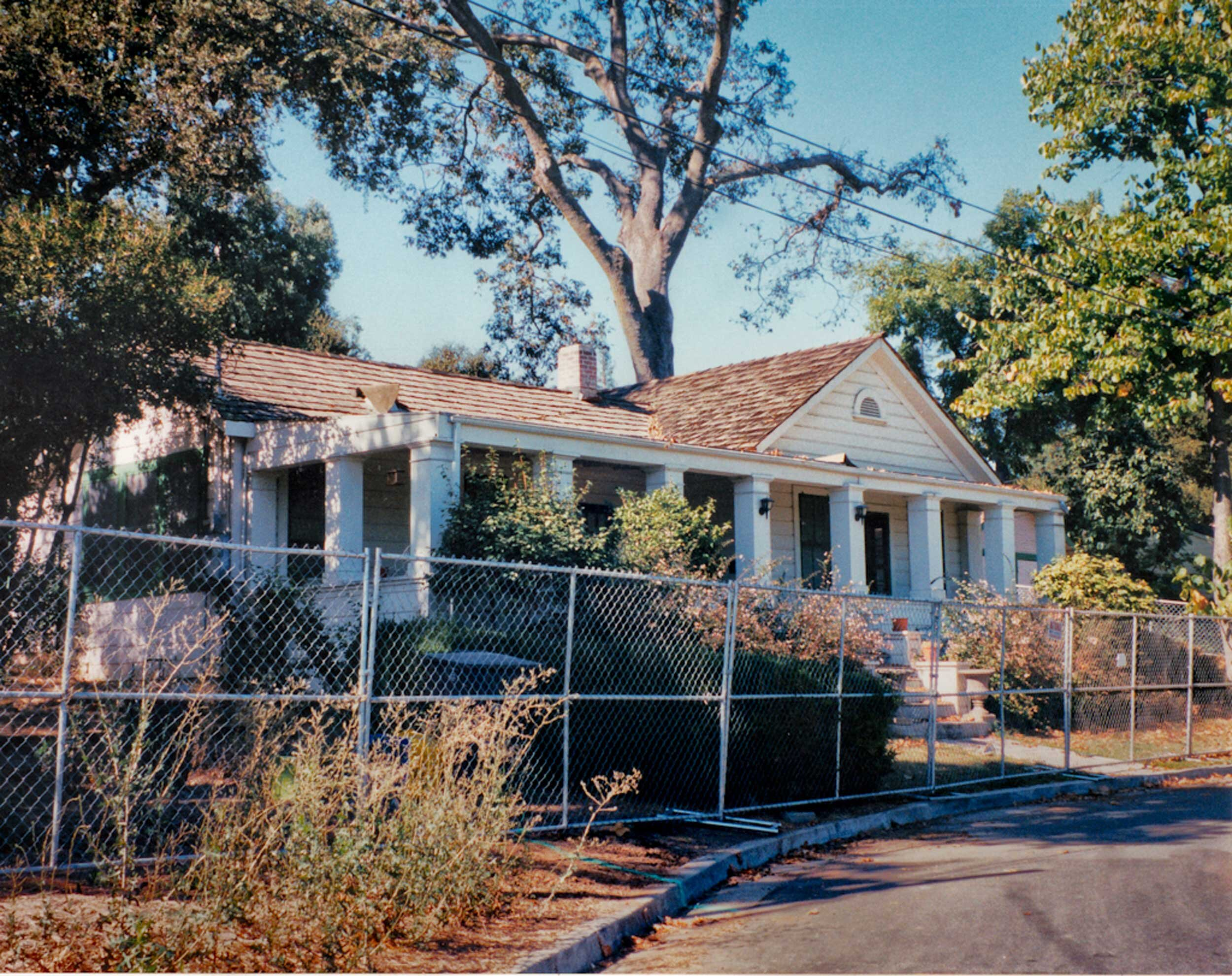 The McCarty House before renovation