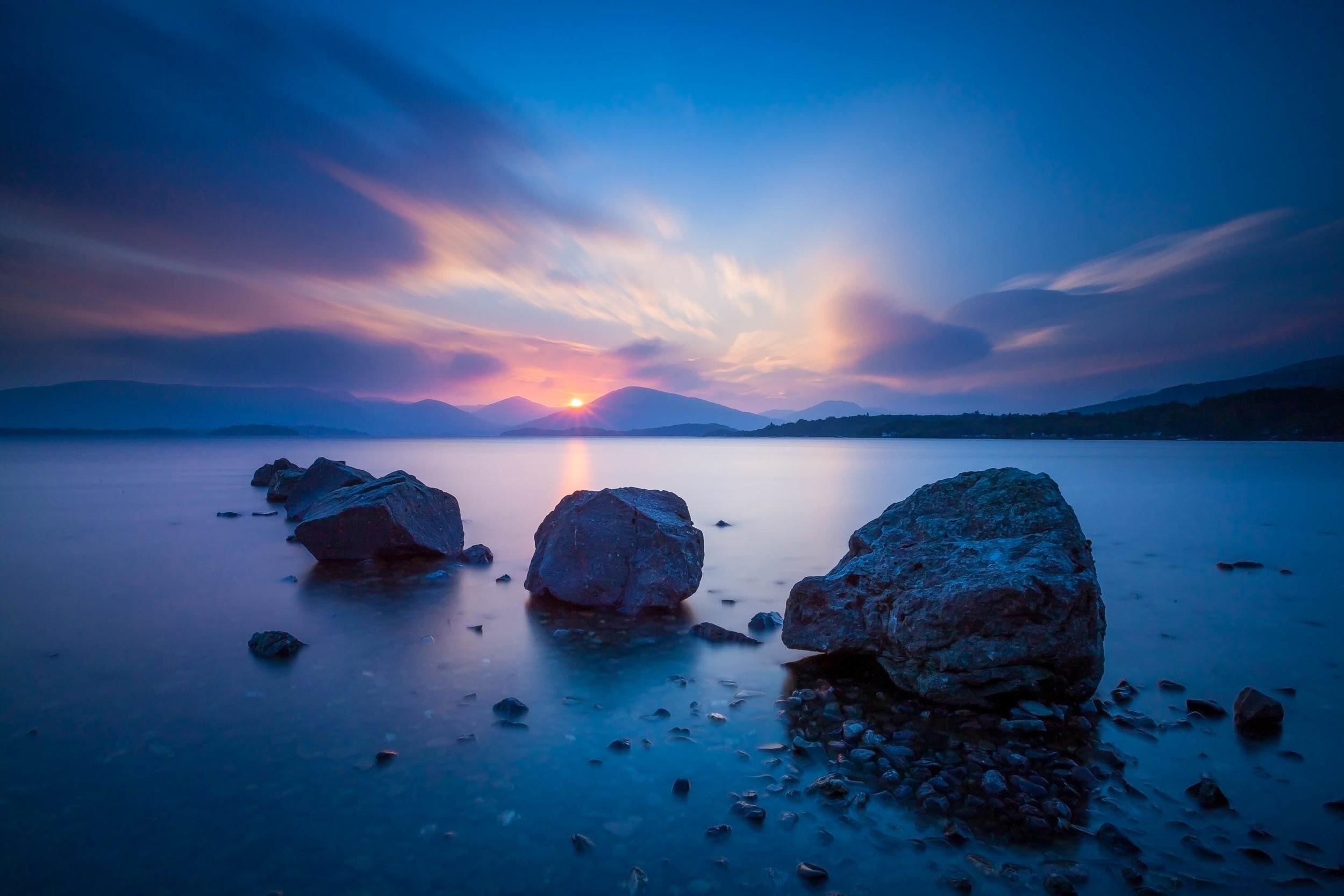 Loch Lomond with 3 rocks-Edit_3000px-60.jpg