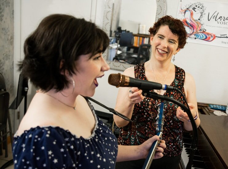 Use the mic to help achieve your best tone with maximum efficiency with singing coach Rachel at Velarde Voice, Scottsdale, AZ