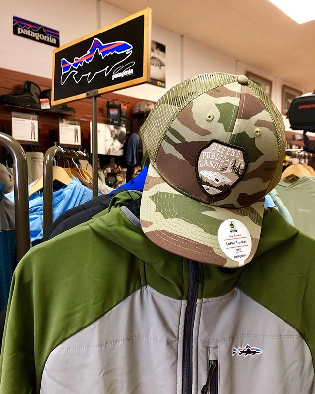 "We have tons of new @patagonia clothing and gear in. We carry all sorts of articles of clothing, not just their fly fishing line. As an authorized dealer, you can always place orders with us and we'll have it in just a few days or it could be sent directly to the address of your choice. We got the ""Defend Public Land"" hats, along with the Fly Fishing Tight Line shirt in grey. A bunch of new hats, along with some of the classics. If you don't know, we have one of the best hat collections for sale in the valley. The Fitz Roy Trout patch on the brown beanie is clean. You'll definitely see me rocking it this fall 💯 . . . . . #roguevalleyanglers #patagonia #patagoniaflyfishing #flyshop #buylocal #supportlocal #medfordoregon #southernoregon #oregon #pnw #flyfishing #trout #steelhead #flyfishingguide #flyfishinggear #sustainablefashion #fitzroy #roguevalley #rogueriver #instafly #instafish"