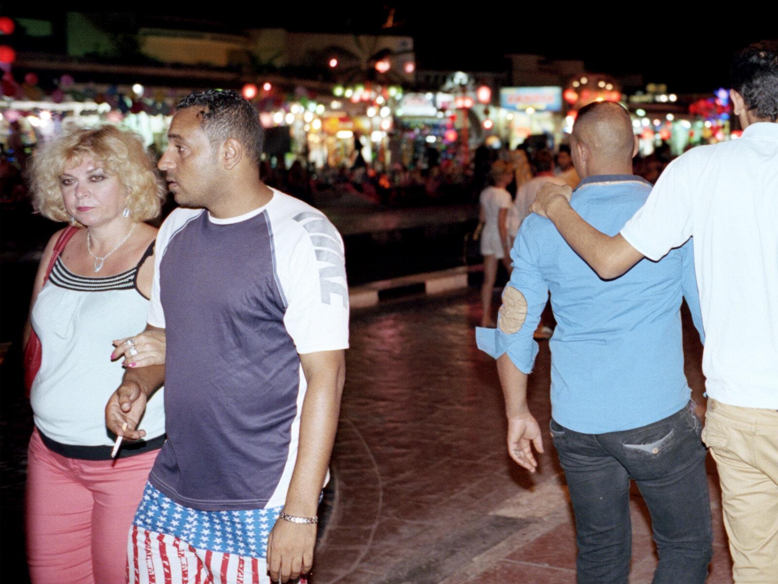 17_1_Sharm_at_night_1580_copy.jpg