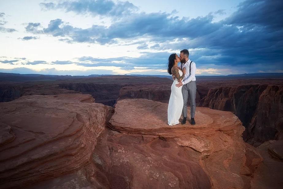 Olivia - Sarah Gown - Travis Shoots - Antelope Canyon
