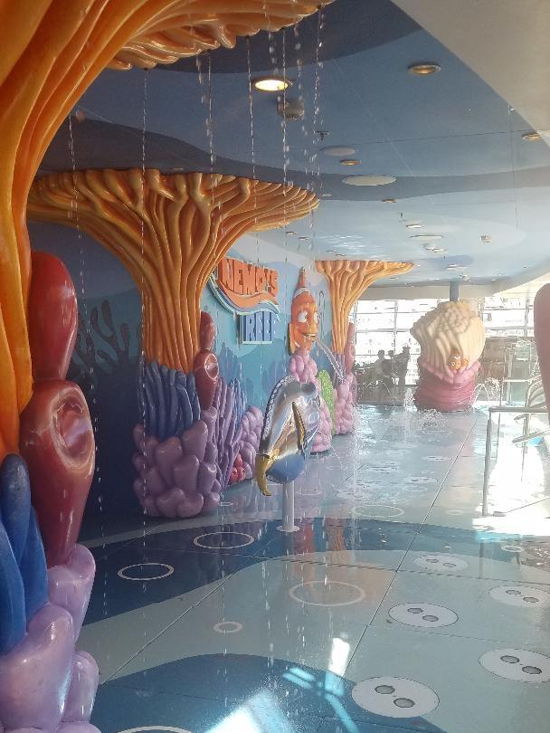 Finding Nemo splash pad
