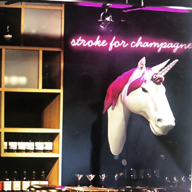 Introducing Chelsea Pop. She/he/it is our #champagne puking #unicorn. Chelsea Pop has travelled the world and its a true unicorn inside out. You stroke her 3 times and she pukes champagne. 🦄🍾🥂