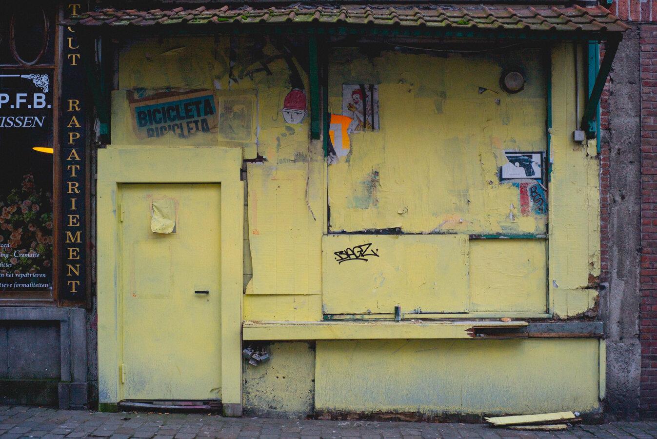 yellowstore-1007050.jpg