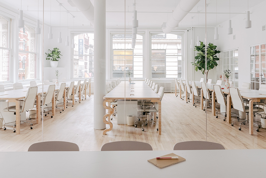 This Office Is a Fresh Take On a Workspace For a Female-Focused Product Company - Michael Yarinsky Studio designed this open office in Manhattan's Soho neighborhood for women's shaving company Billie.