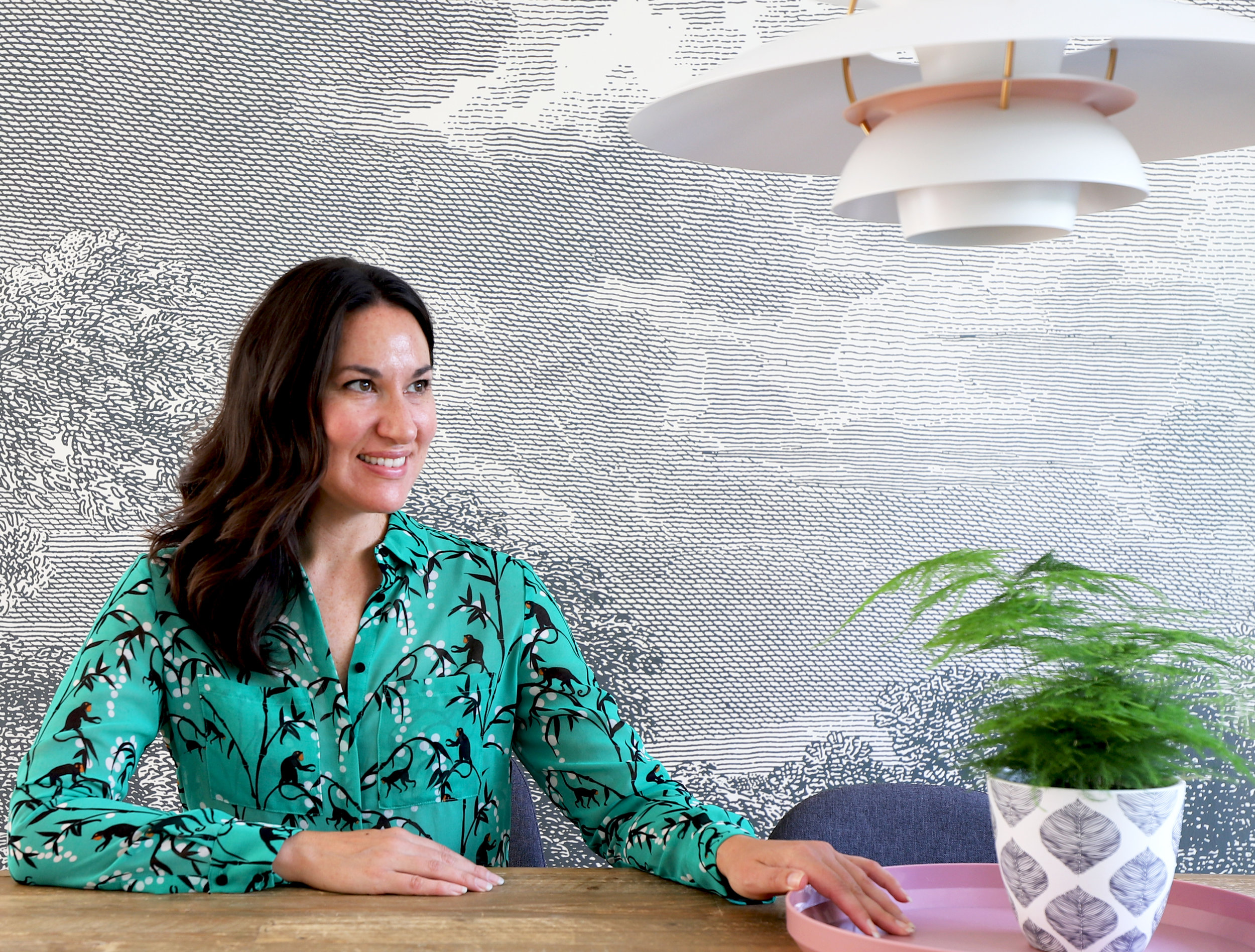Hi, I'm Nicole - Interior designer and stylist.Originally from the US, living in Germany for more than 15 years.I love to merge my love of all things art and design with the practical needs of having a family and needing a home that works for you.