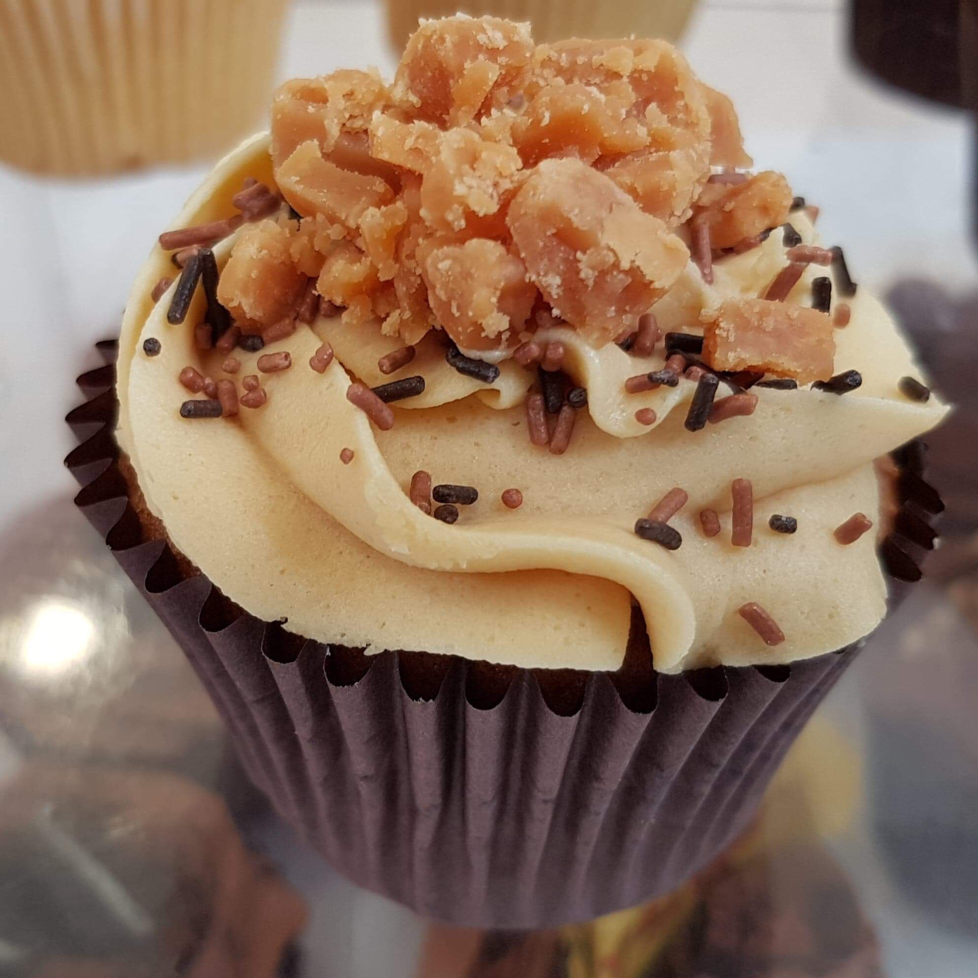 Subtle salted caramel sponge topped with yummy salted caramel flavoured buttercream