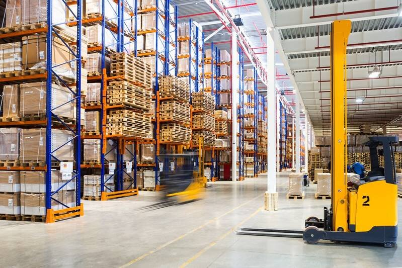 Warehouse - Whether you need long term inventory management or just need the freight off your dock for a few days before delivery to your customer, our warehouse consultants can locate the best warehousing options and pricing to fit your needs.