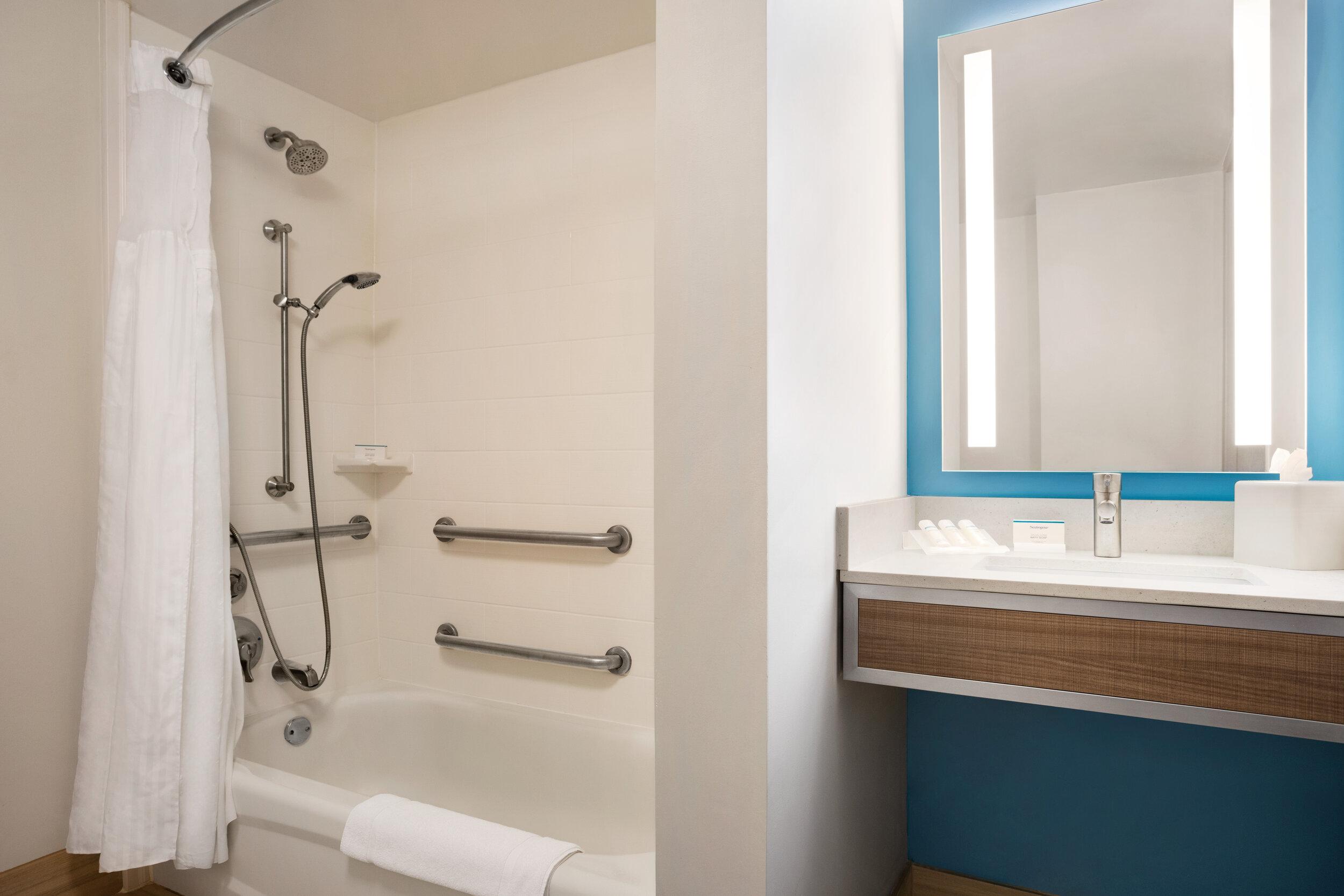 MSYGI_Accessible_Bathroom_01.jpg