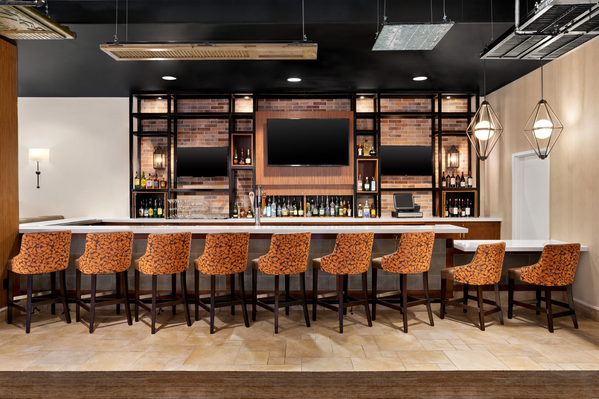 MSYGI_Restaurant_Bar_Angles_02.jpg