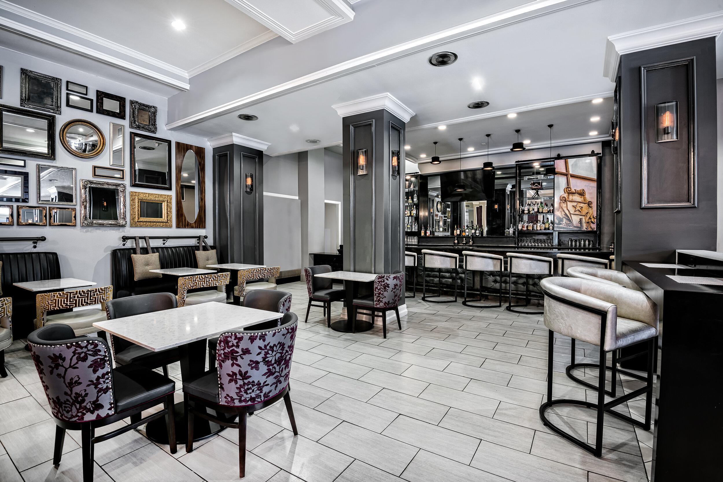 dalar-hotel-indigo-dallas-downtown-bar2.jpg