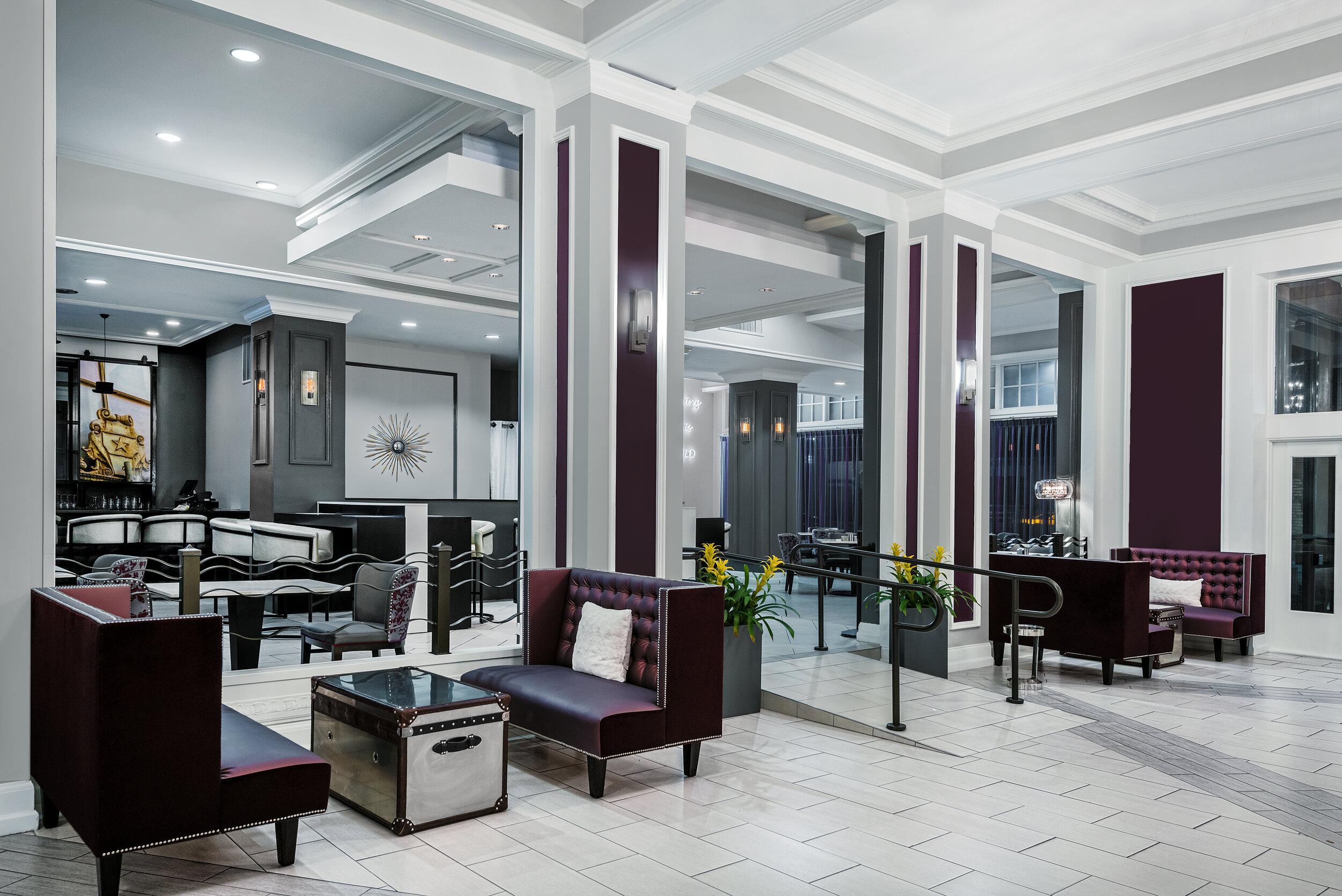 dalar-hotel-indigo-dallas-downtown-lobby-seating (1).jpg