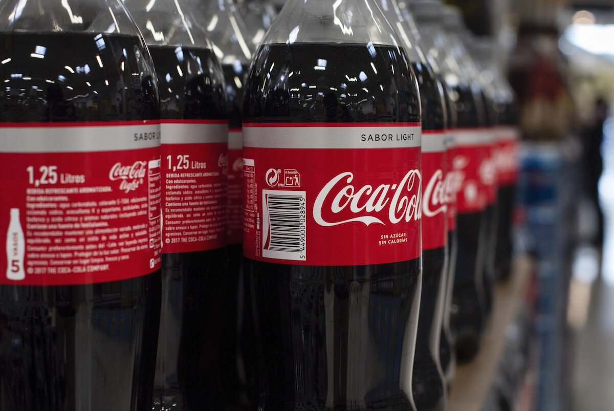 coca-cola-officially-worlds-biggest-plastic-polluter-01.jpg
