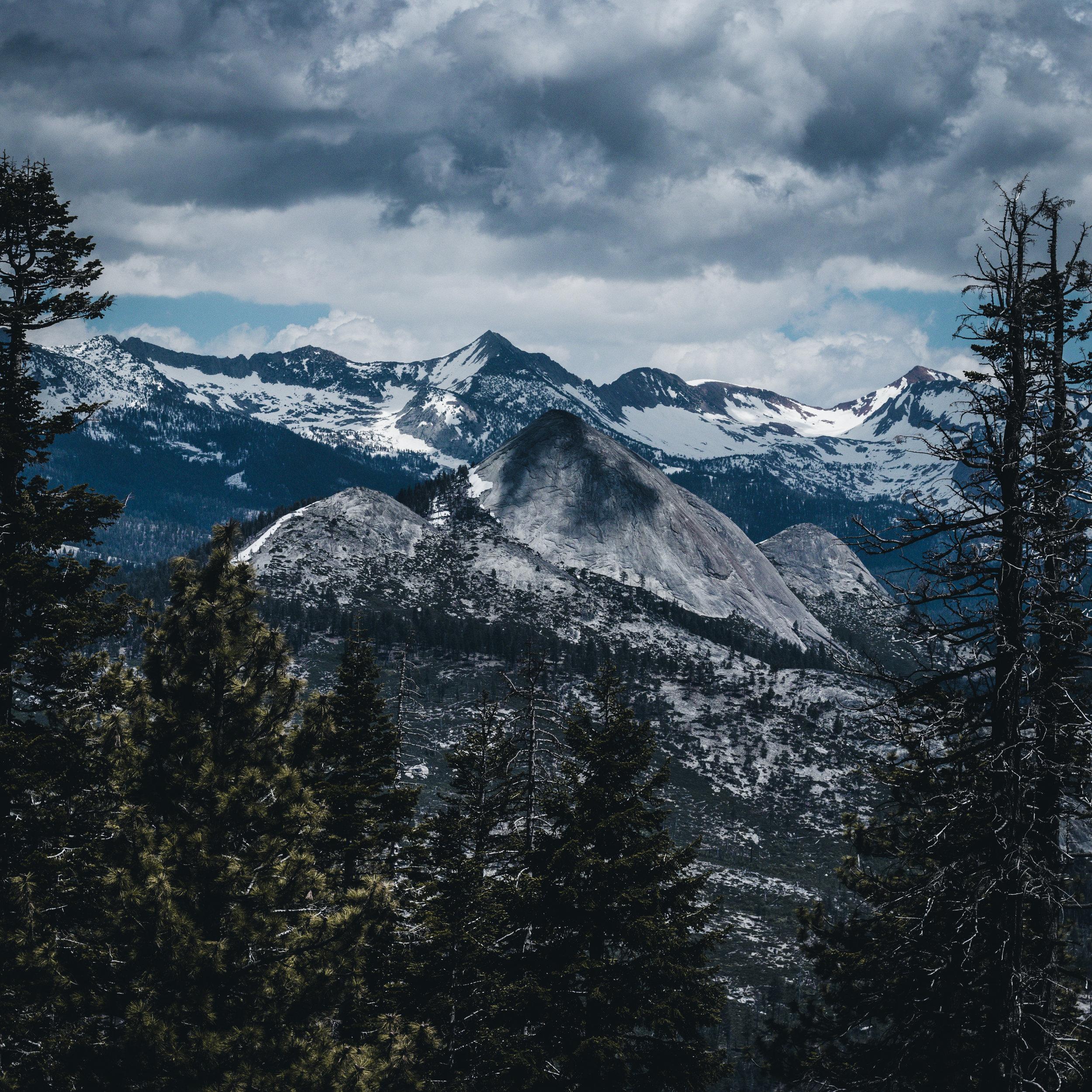 Mountains Yosemite - Herschl 3.jpg
