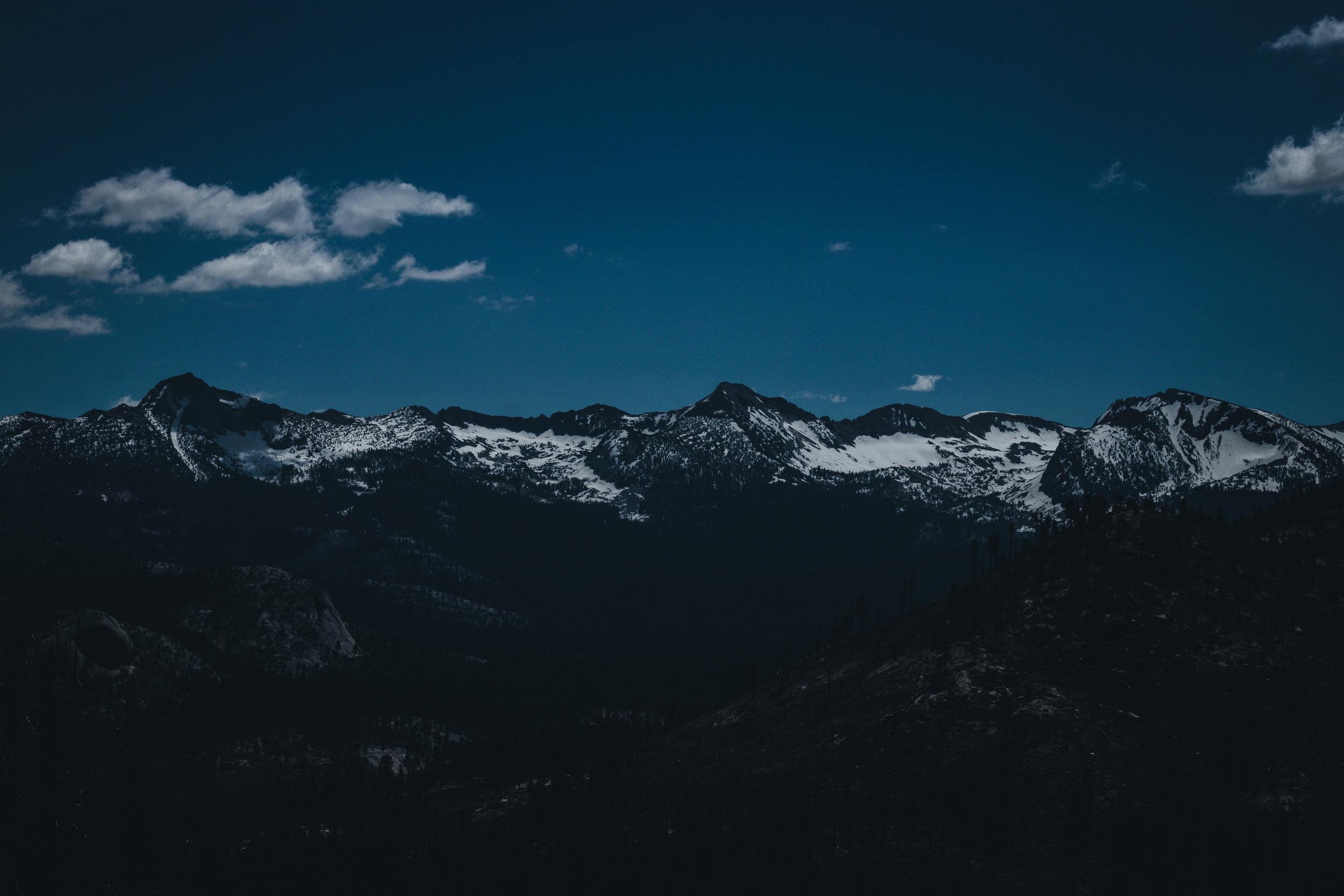 Mountains Yosemite - Herschl.jpg