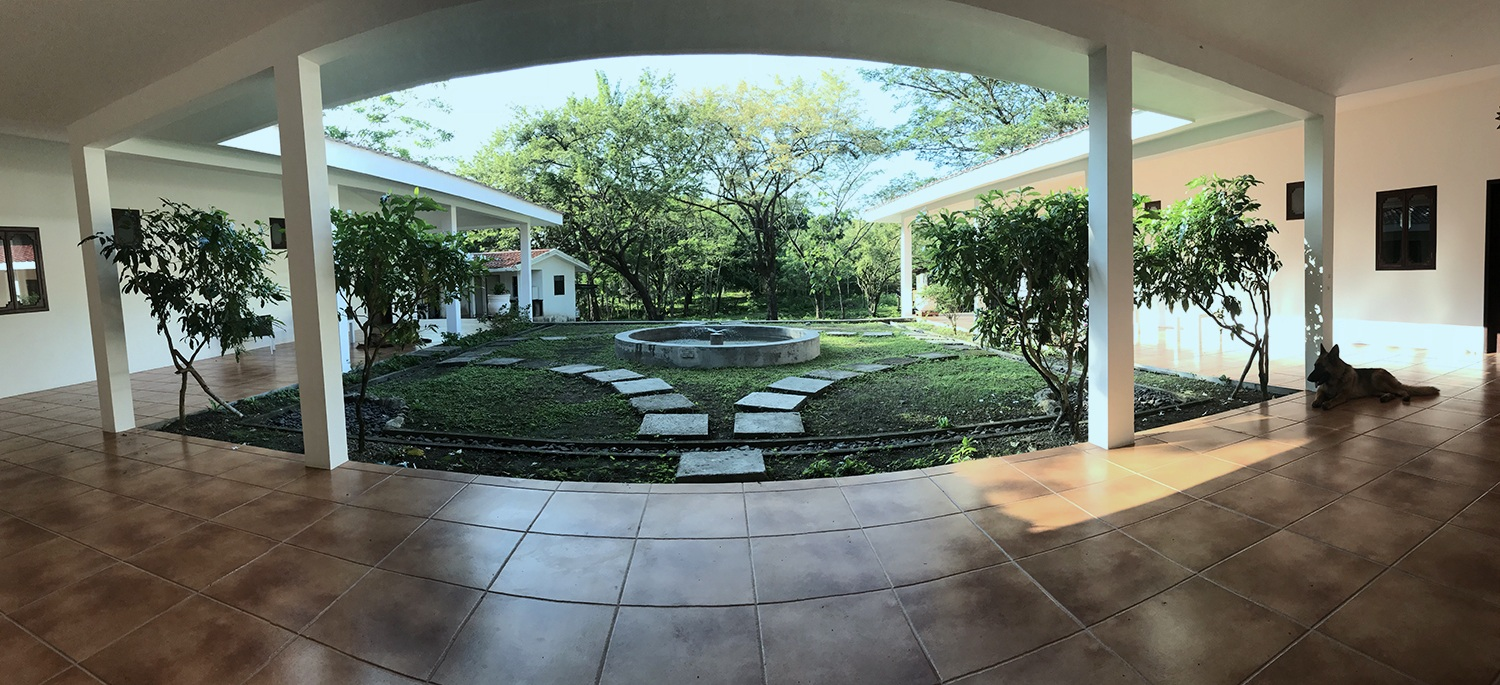 Main courtyard from entrance to dining room