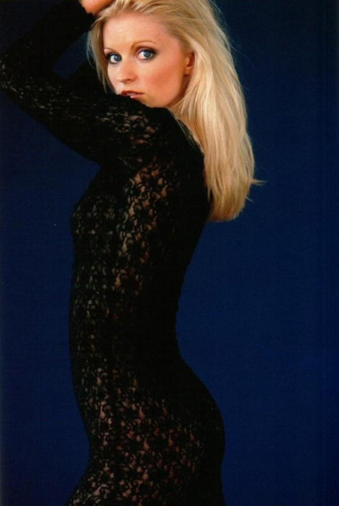 Jessica-Stafford-2002-5-687x1024.jpg