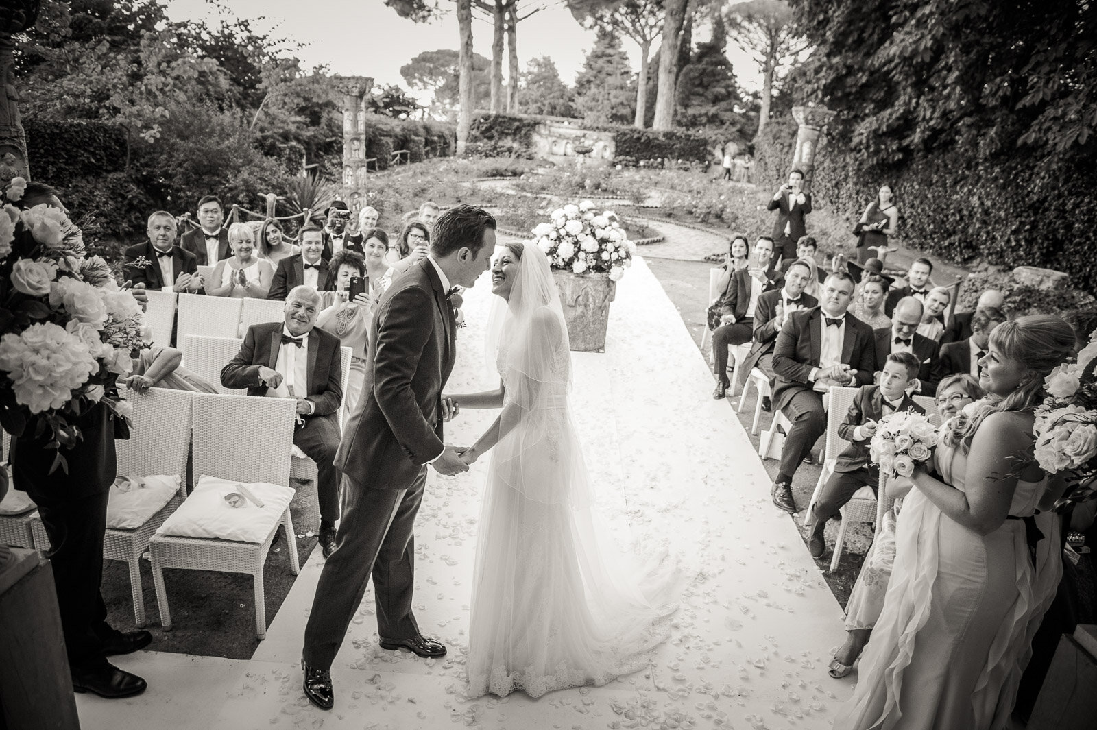 Russian Wedding in Villa Cimbrone Costiera Amalfitana 13.jpg