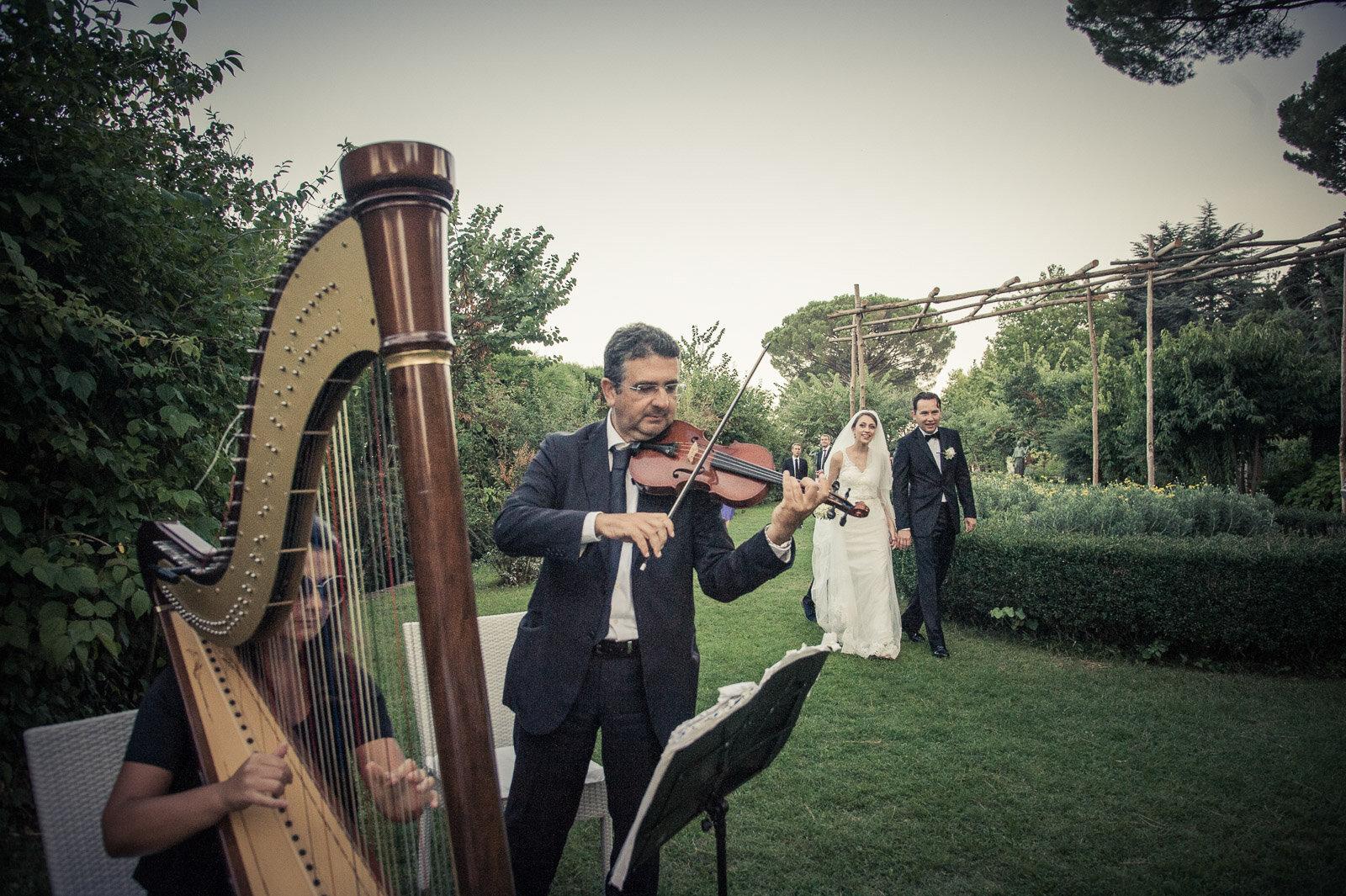 Russian Wedding in Villa Cimbrone Costiera Amalfitana 19.jpg